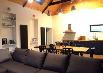 Kitchen lounge 2